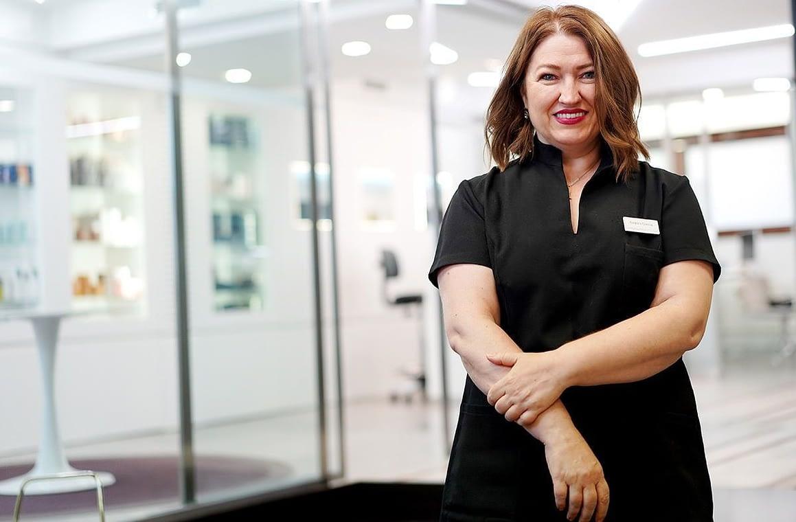 Amparo García: Técnico de Estética especialista facial y Electroepilación facial y corporal